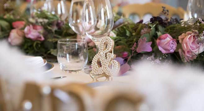 Floral Arrangements And Decorations For Weddings